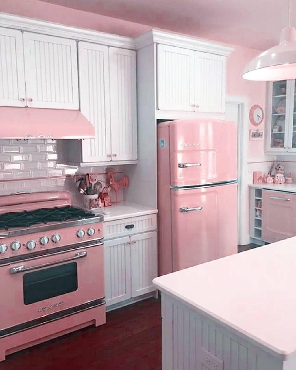Awesome Retro Kitchen Design Ideas 10
