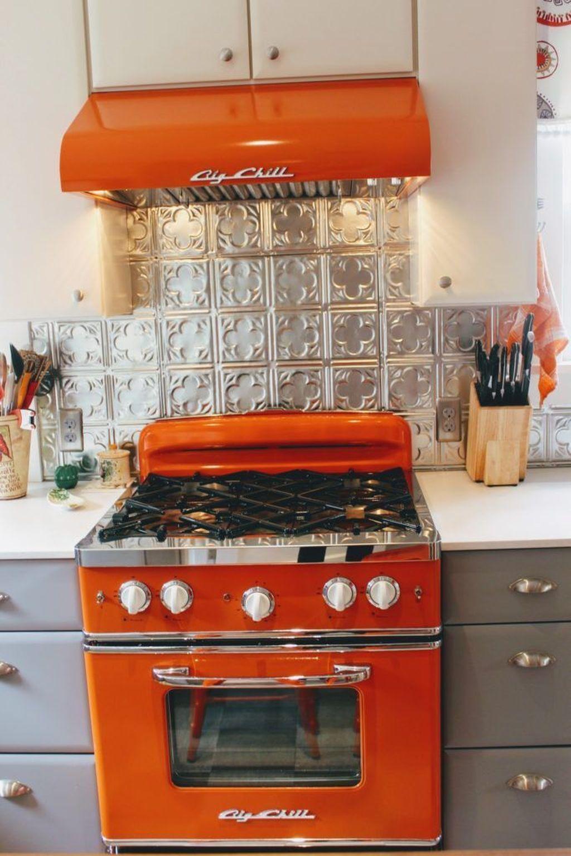 Awesome Retro Kitchen Design Ideas 23