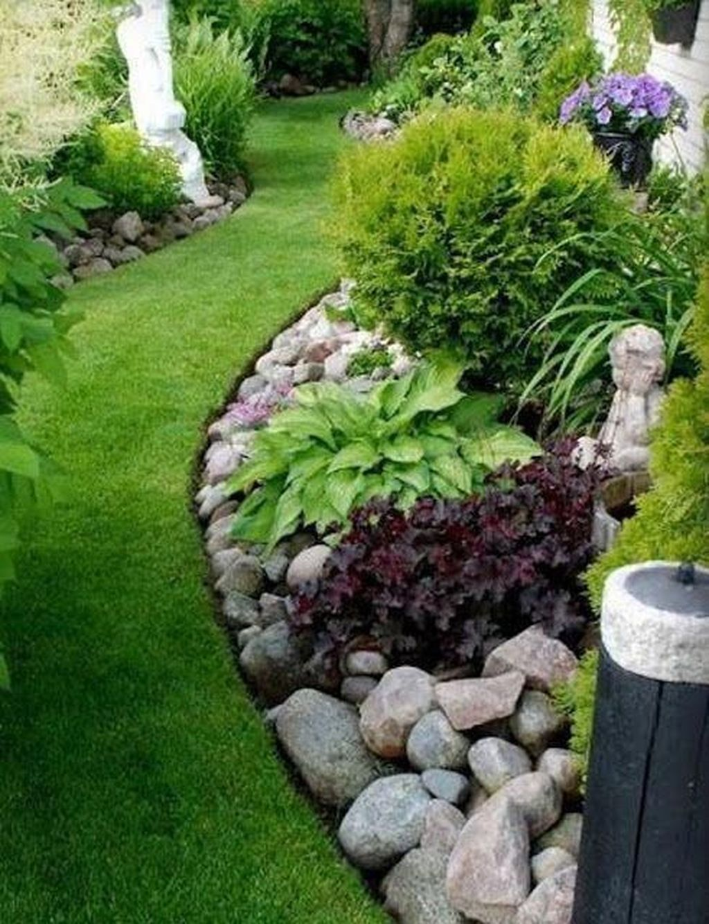 Awesome River Rock Landscaping Ideas 05