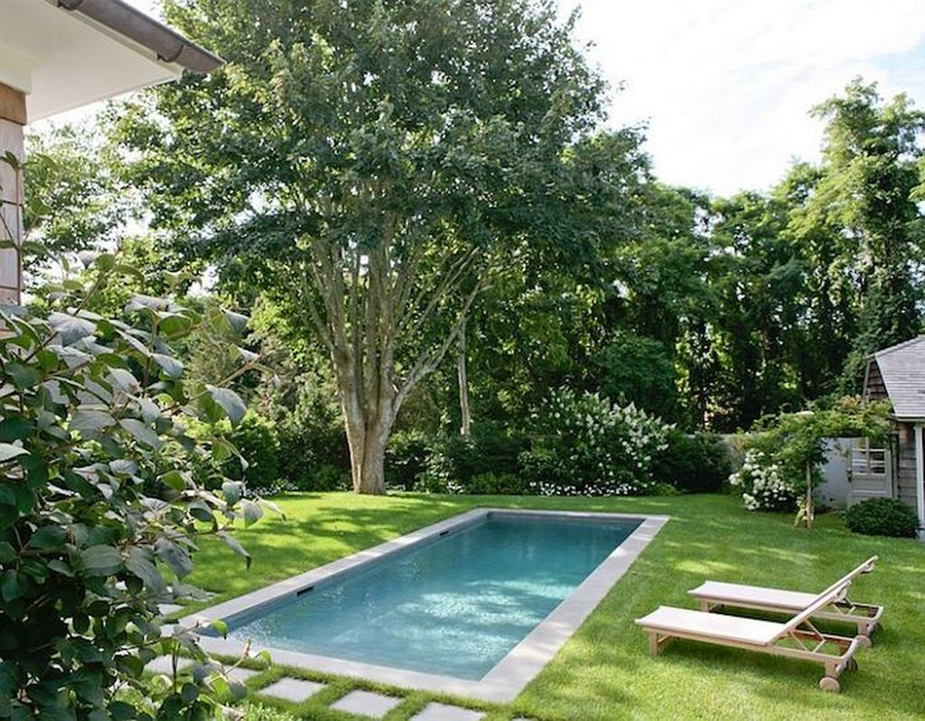 Awesome Small Pools Design Ideas For Beautiful Backyard Landscape 08