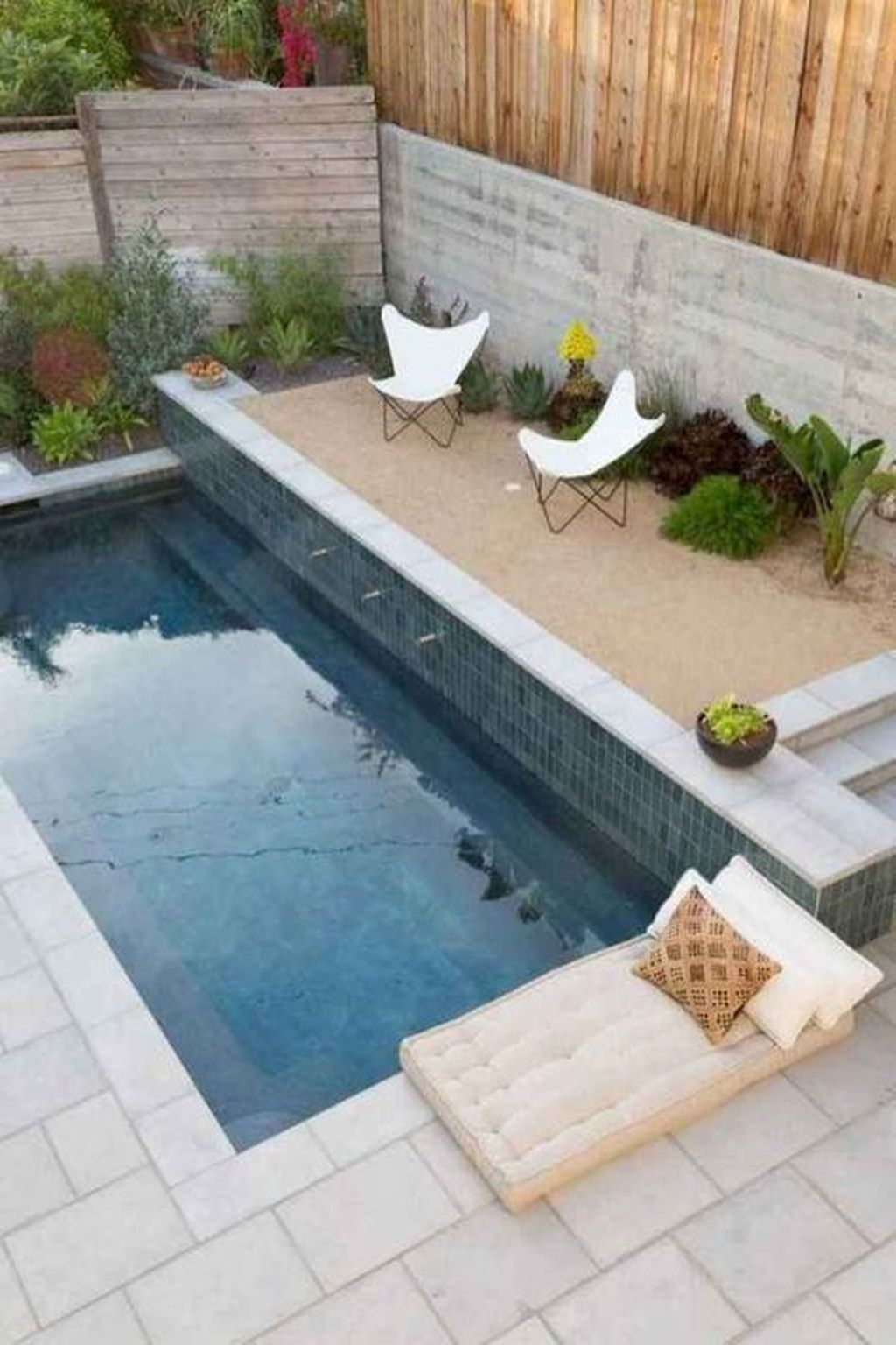 Awesome Small Pools Design Ideas For Beautiful Backyard Landscape 14