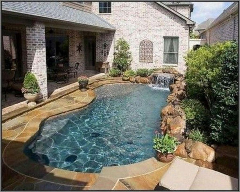 Awesome Small Pools Design Ideas For Beautiful Backyard Landscape 32