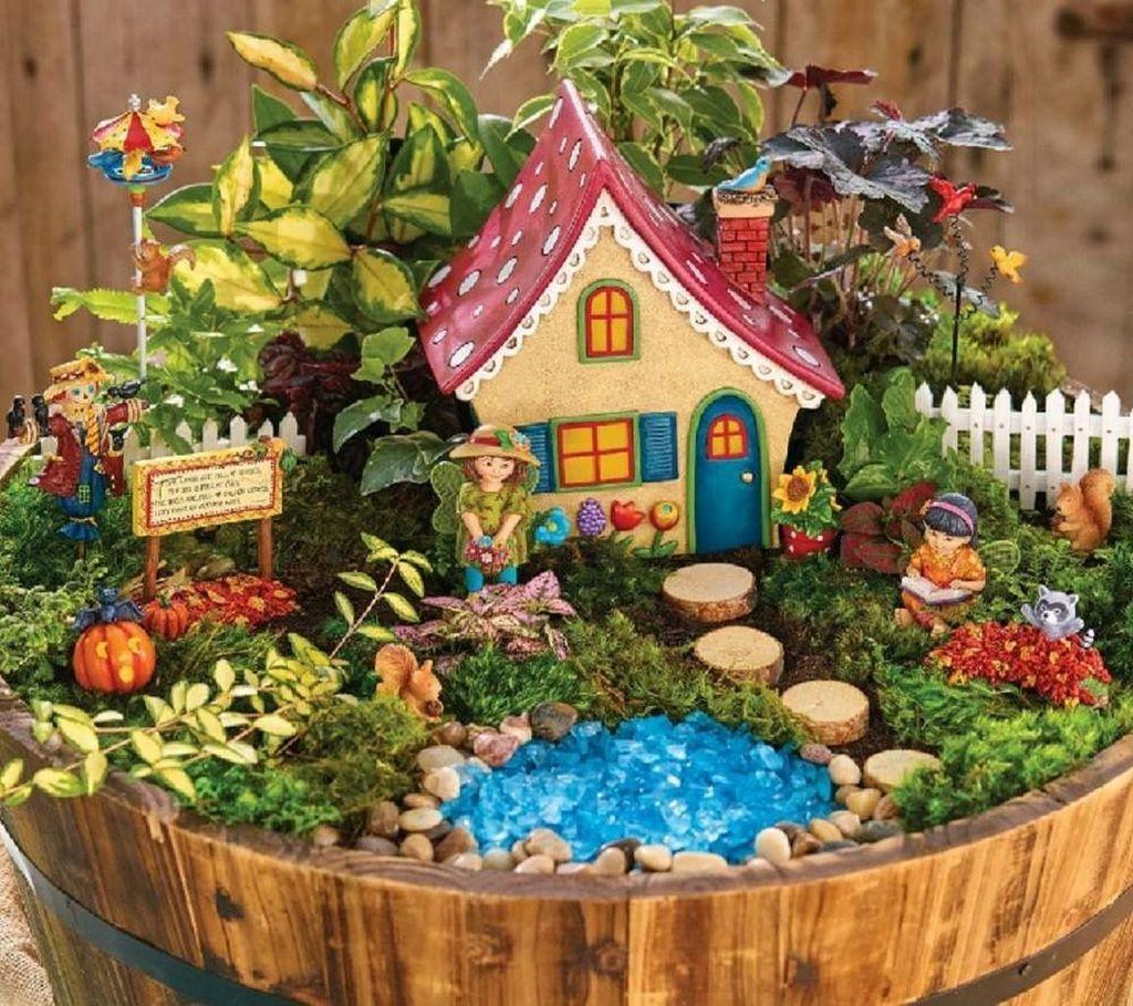 Beautiful Fall Fairy Garden Design Ideas 08