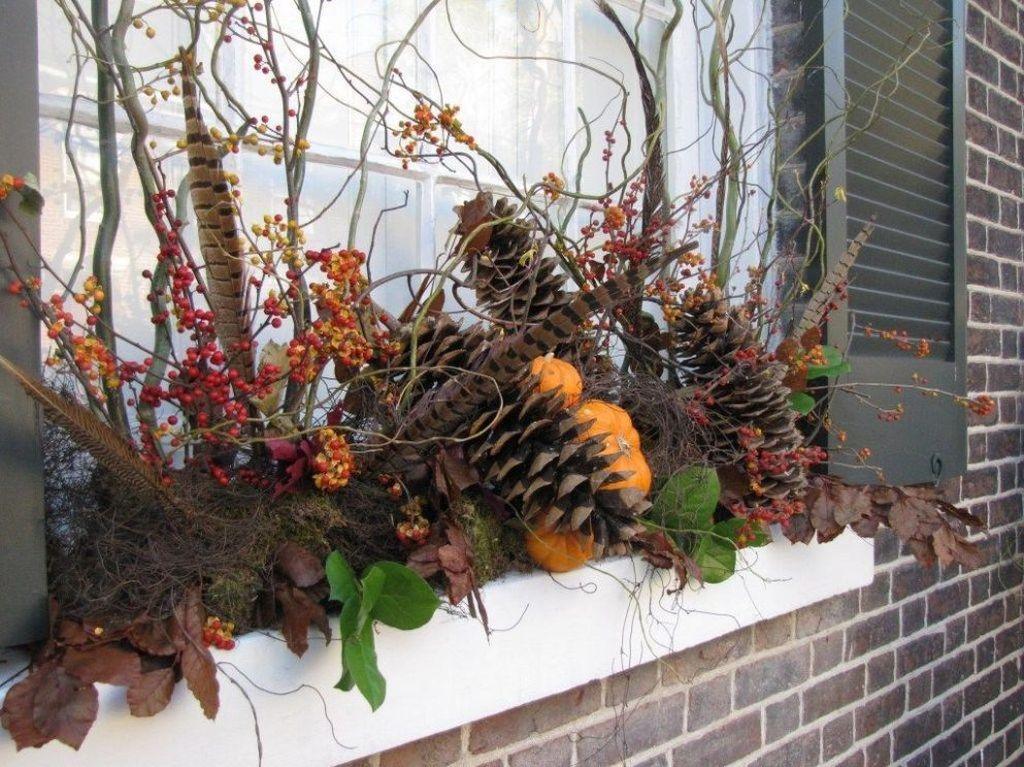 Beautiful Fall Window Boxes Design Ideas 31