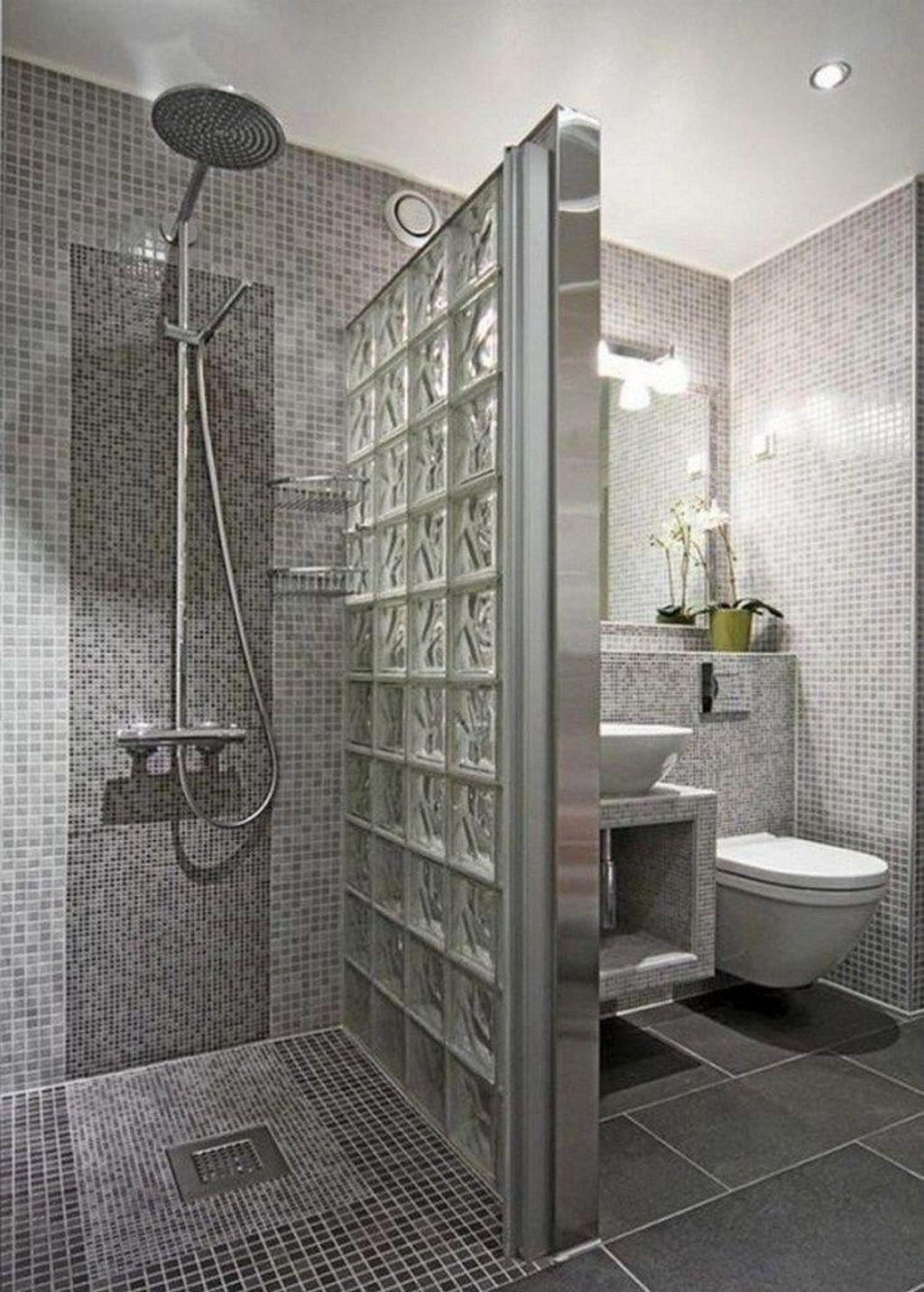 Beautiful Master Bathroom Design Ideas 17