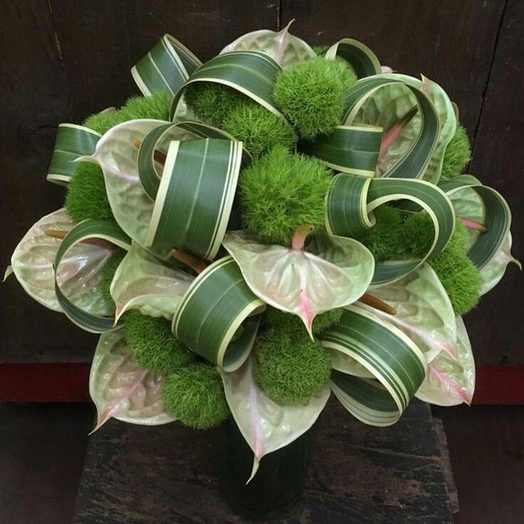 Beautiful Modern Flower Arrangements Design Ideas 10