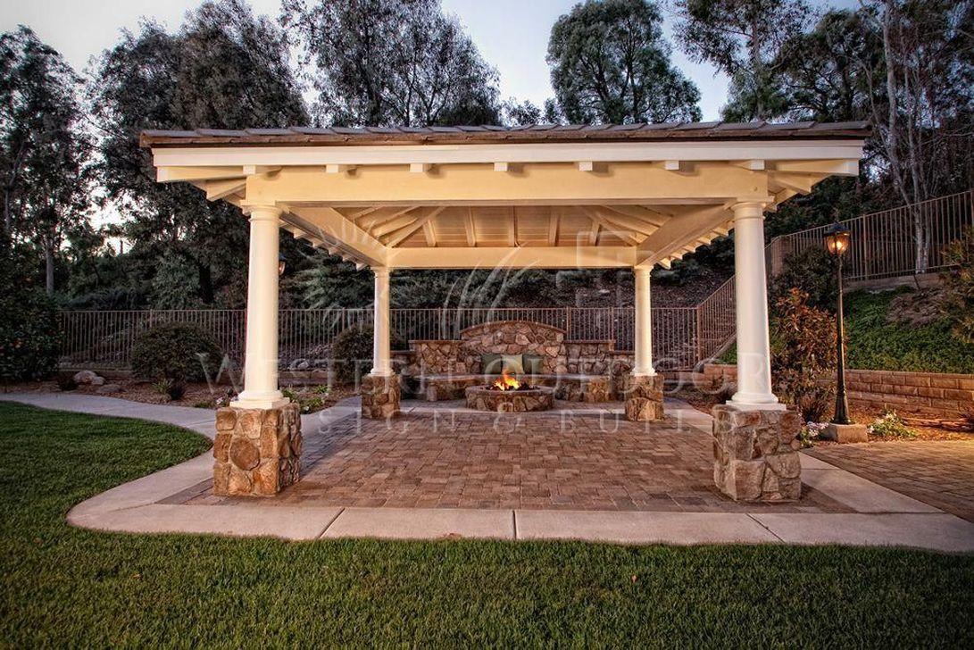Fabulous Backyard Design Ideas With Western Style 21