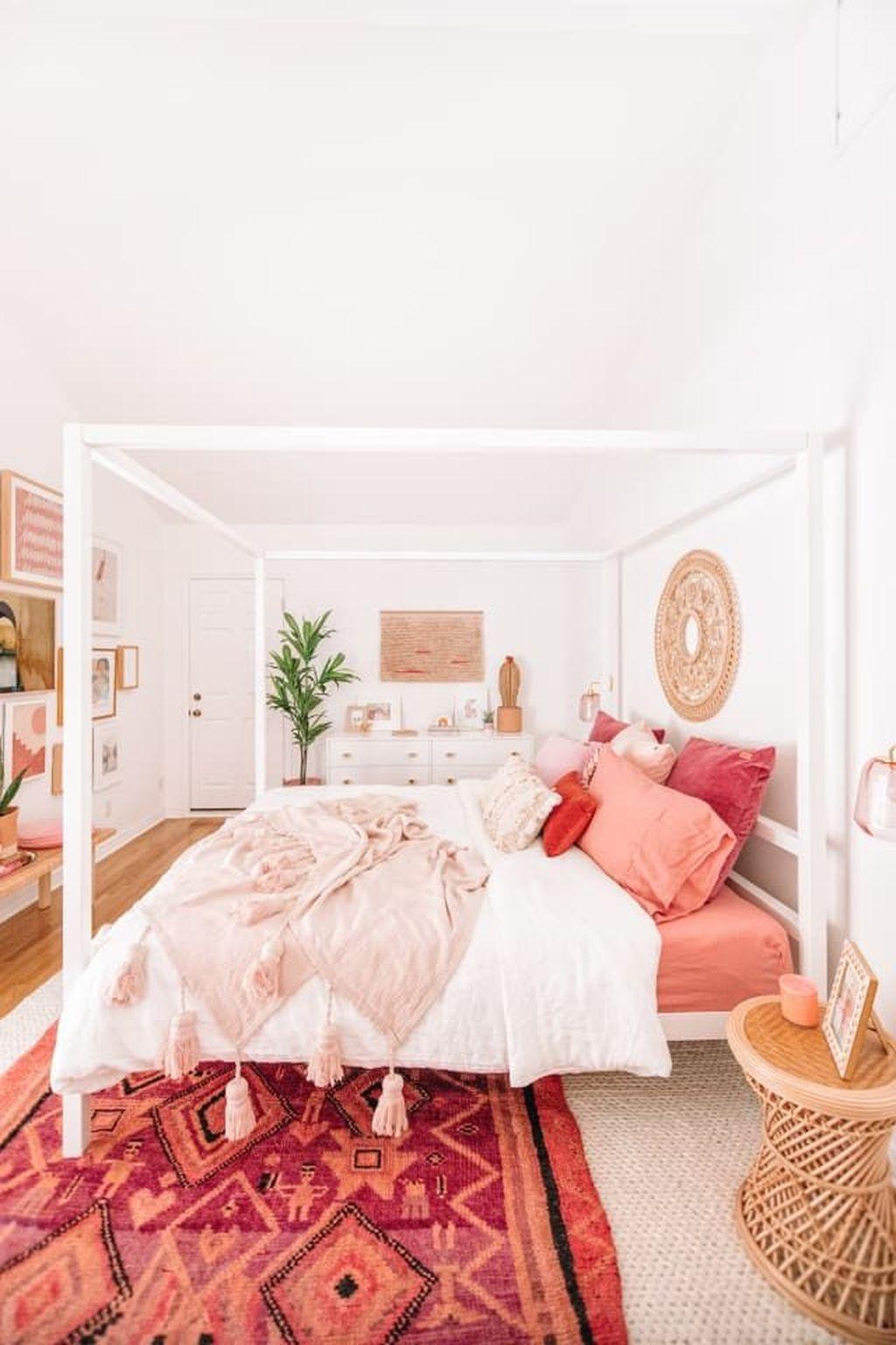 Fabulous Colorful Apartment Decor Ideas 20