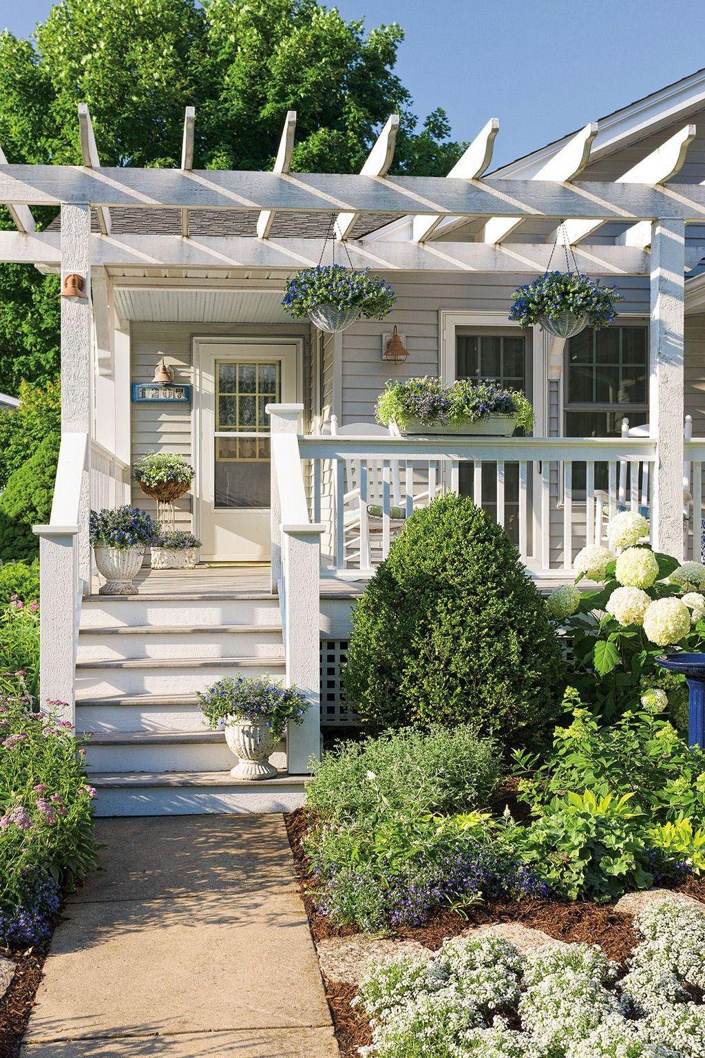 Fabulous Porch Design Ideas 05