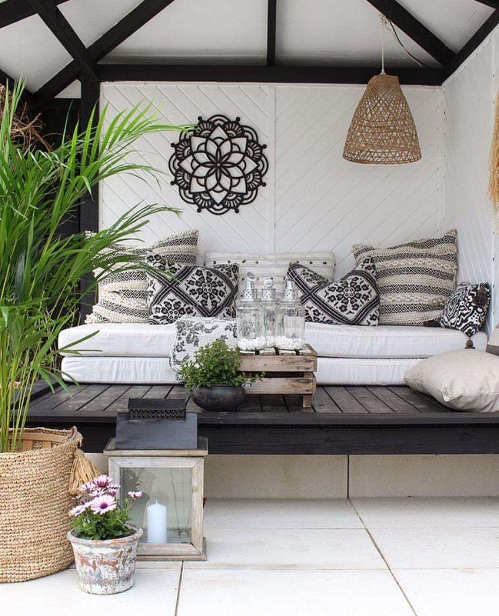 Fabulous Porch Design Ideas 08