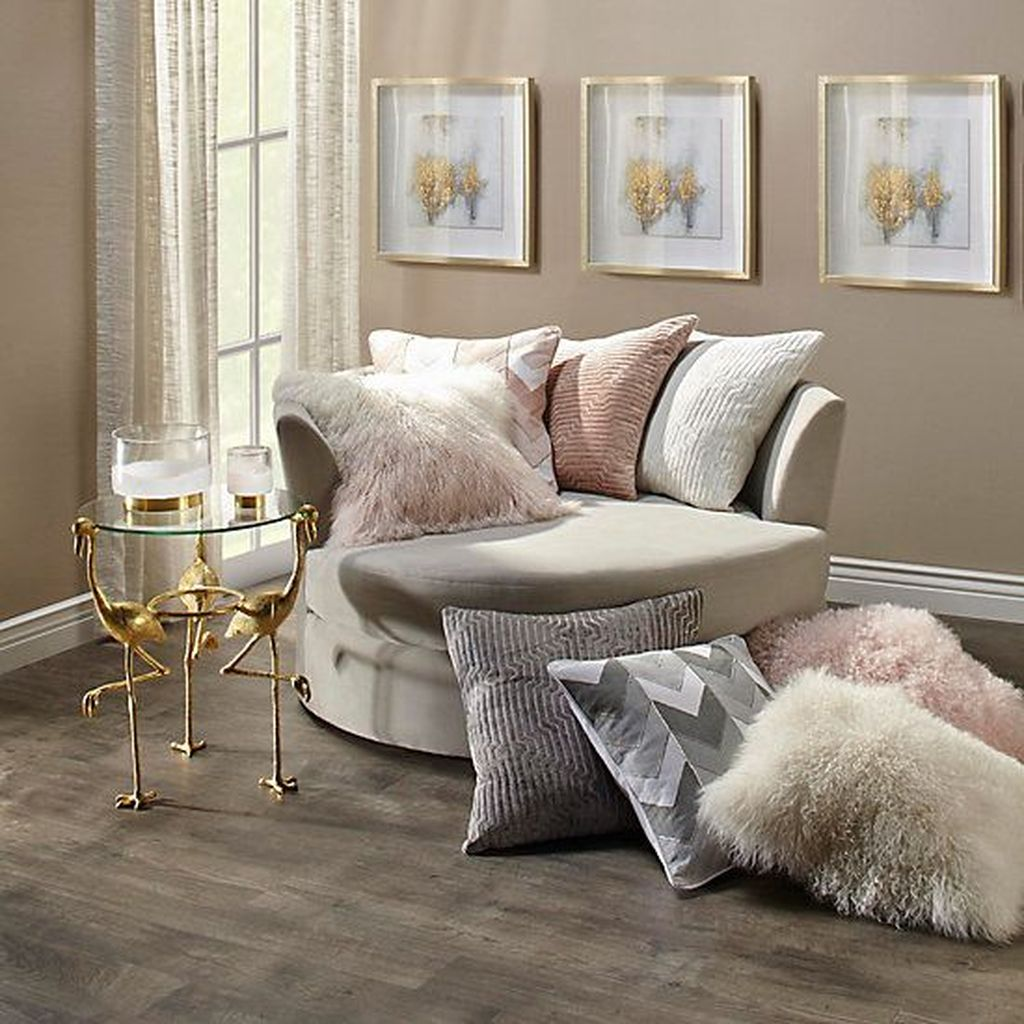 Gorgeous Comfy Chairs Design Ideas For Cozy Living Room 11