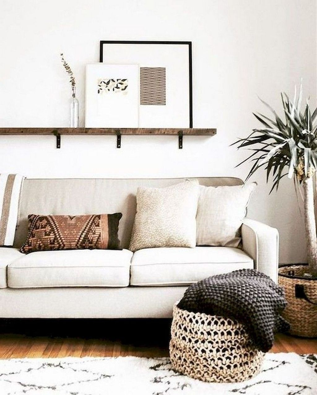 Gorgeous Comfy Chairs Design Ideas For Cozy Living Room 16