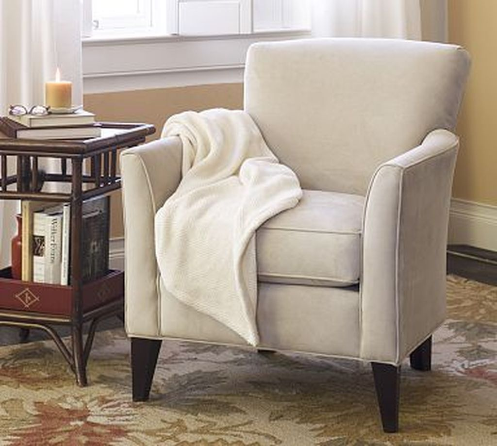 Gorgeous Comfy Chairs Design Ideas For Cozy Living Room 17