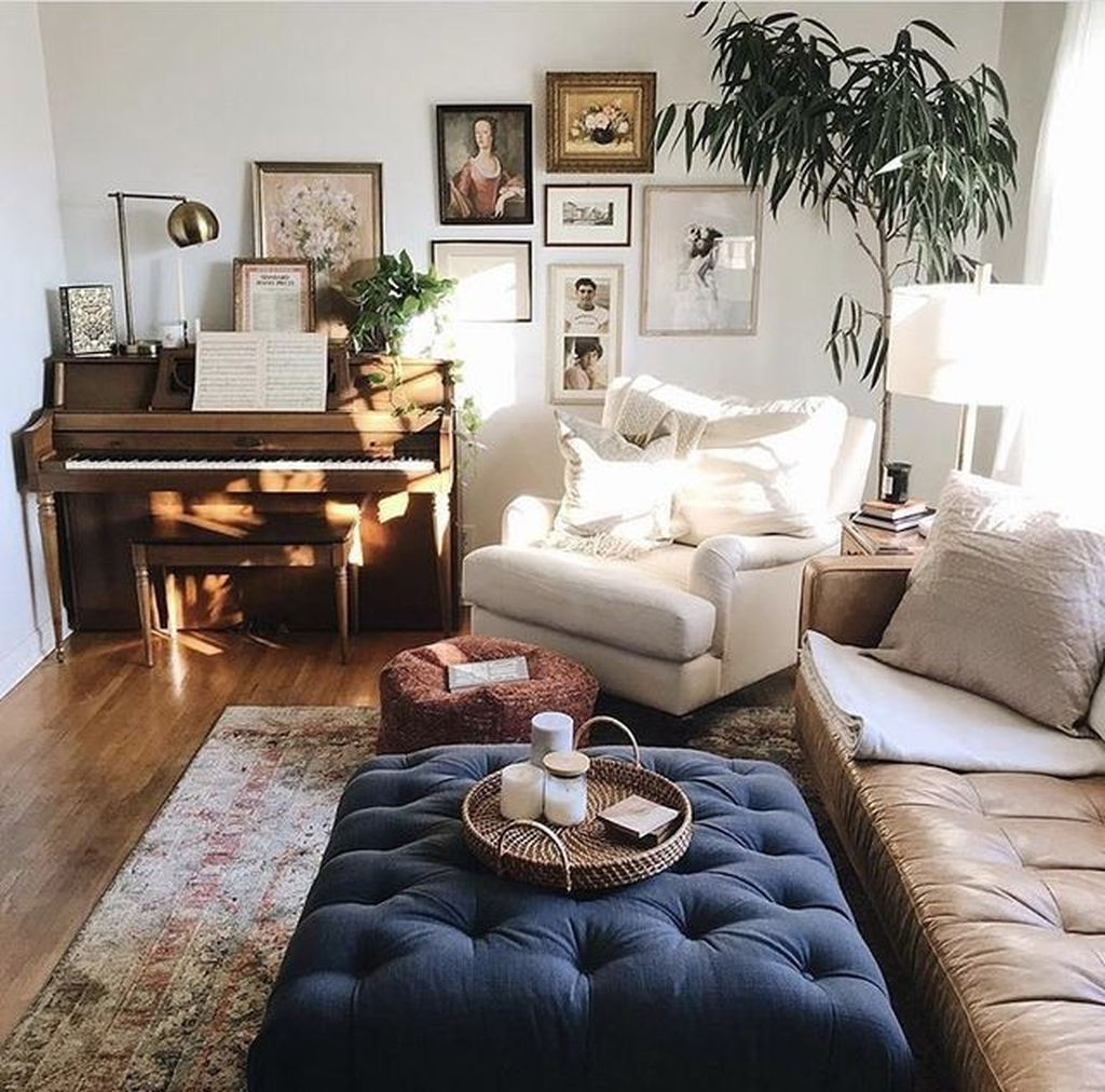 Gorgeous Comfy Chairs Design Ideas For Cozy Living Room 18