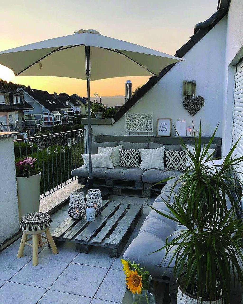 Incredible Patio Balcony Design Ideas 29