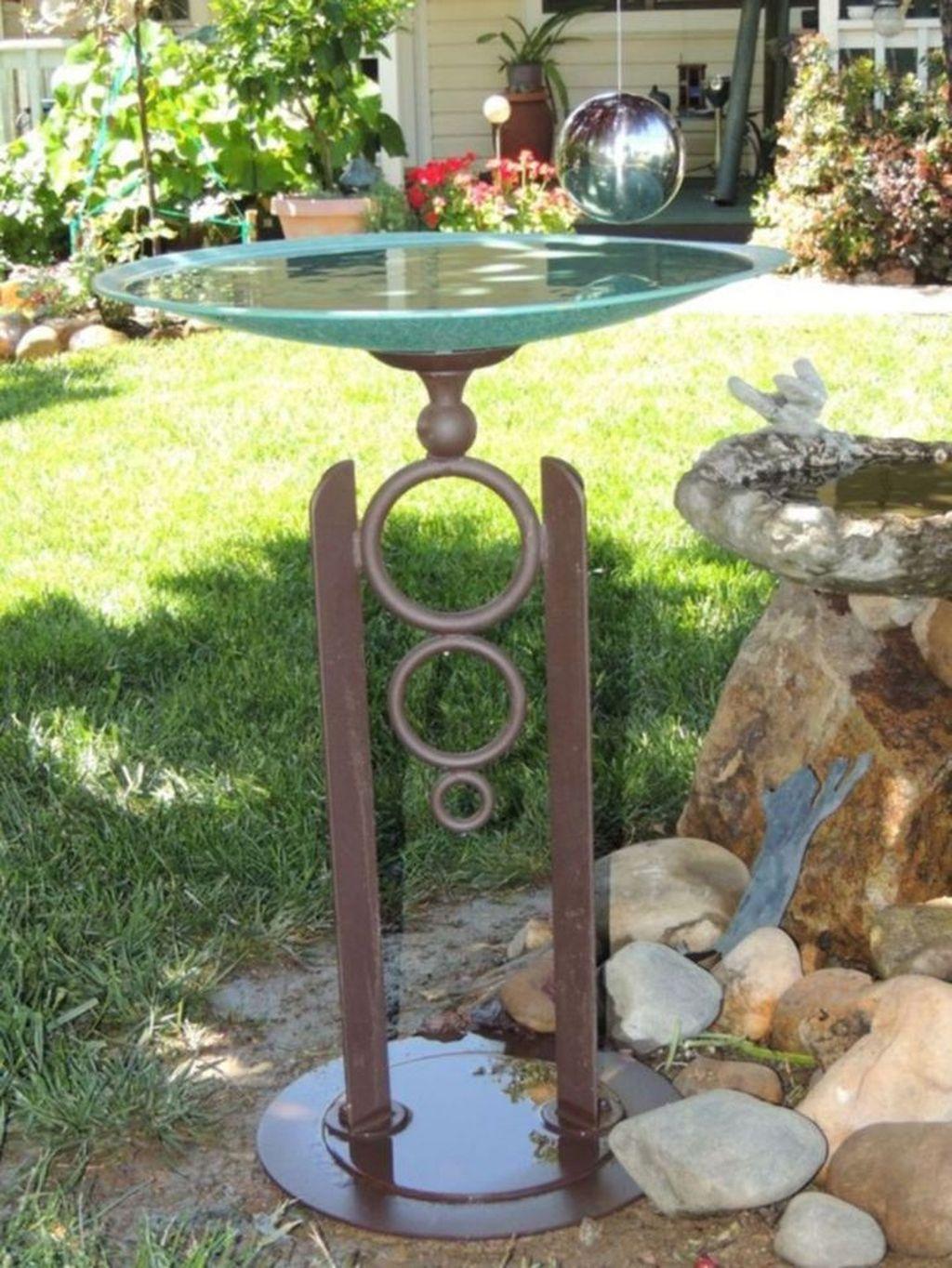 Inspiring Bird Bath Design Ideas For Front Yard 20