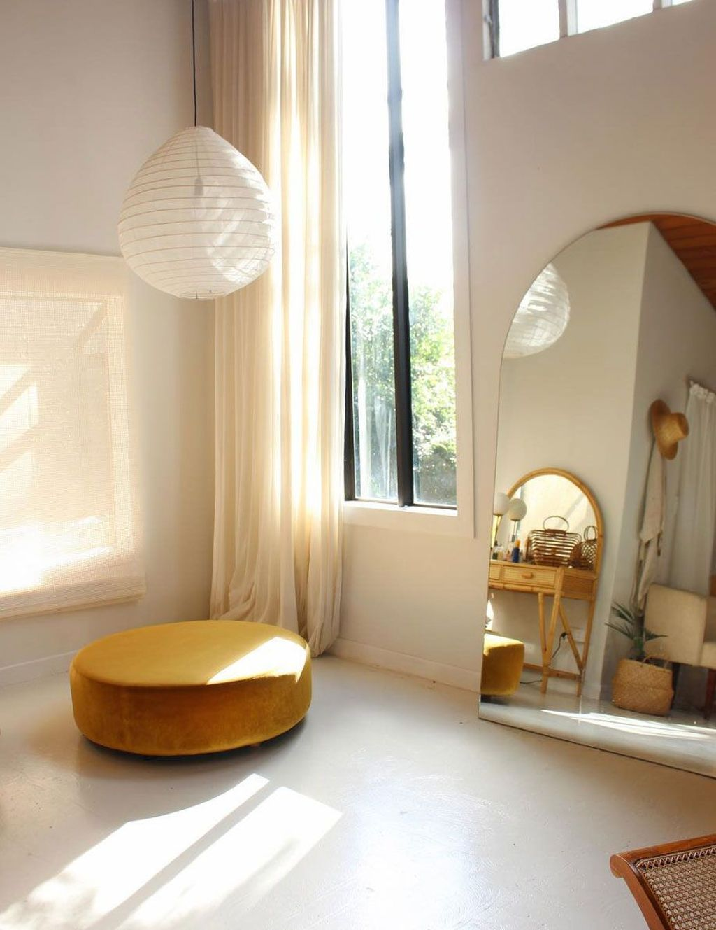 Inspiring Modern Home Furnishings Design Ideas 33