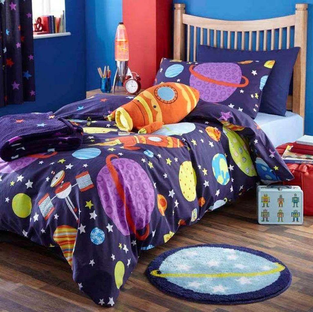 Inspiring Outer Space Bedroom Decor Ideas 03