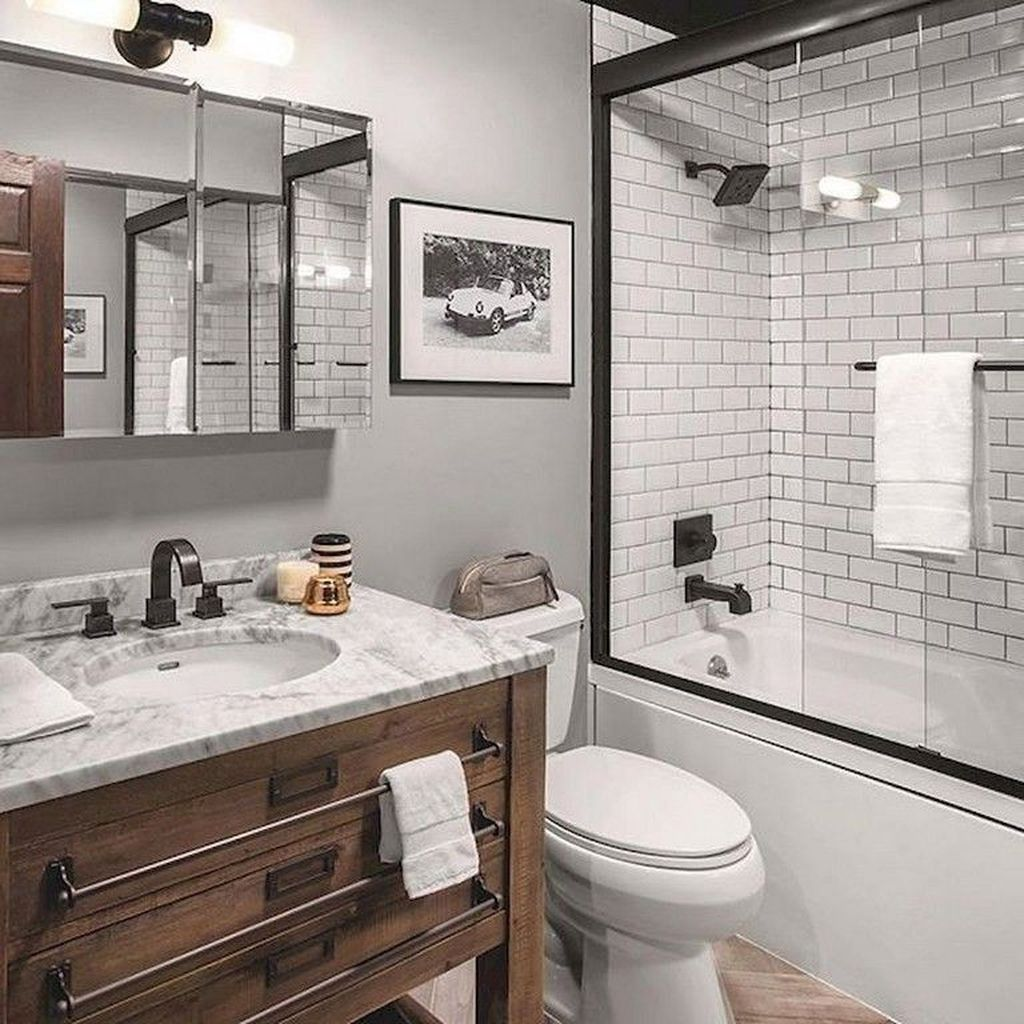 Inspiring Small Modern Farmhouse Bathroom Design Ideas 27