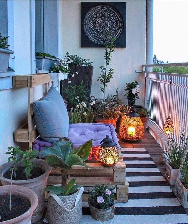 Inspiring Summer Apartment Balcony Decoration Ideas 13