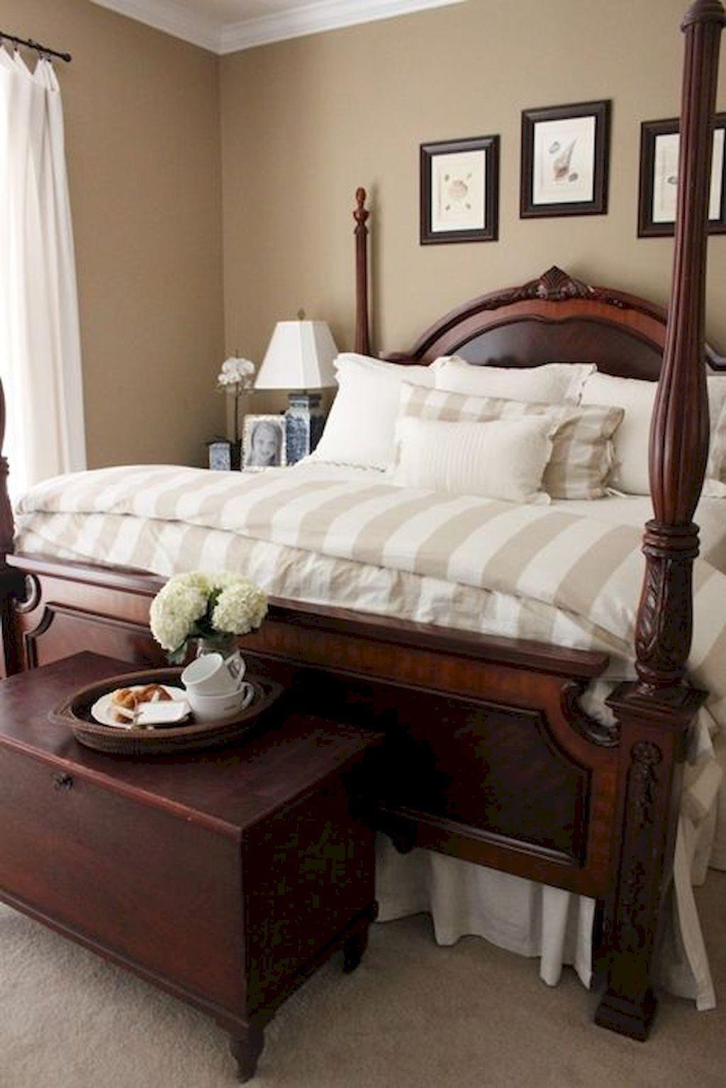Inspiring Traditional Bedroom Decor Ideas 03