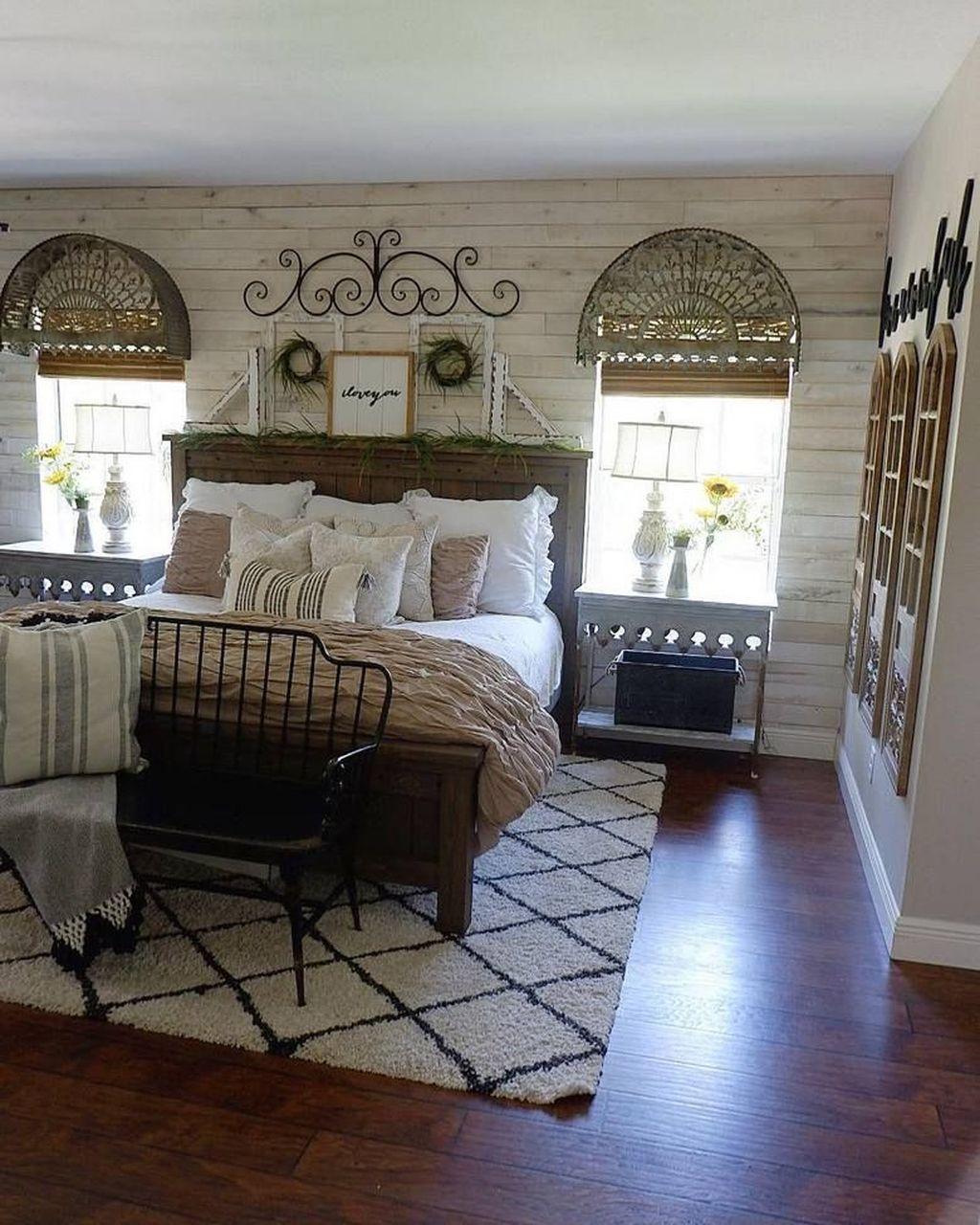Inspiring Traditional Bedroom Decor Ideas 07