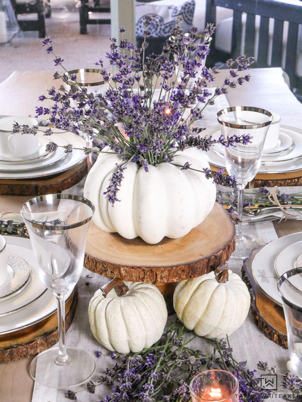 Lovely Fall Pumpkin Decor Ideas 11