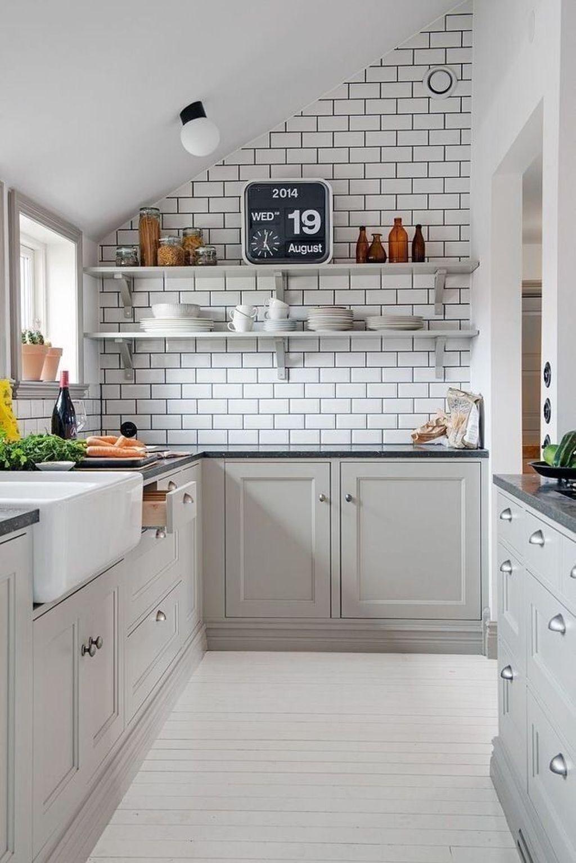 Lovely Grey White Kitchen Design Ideas 26