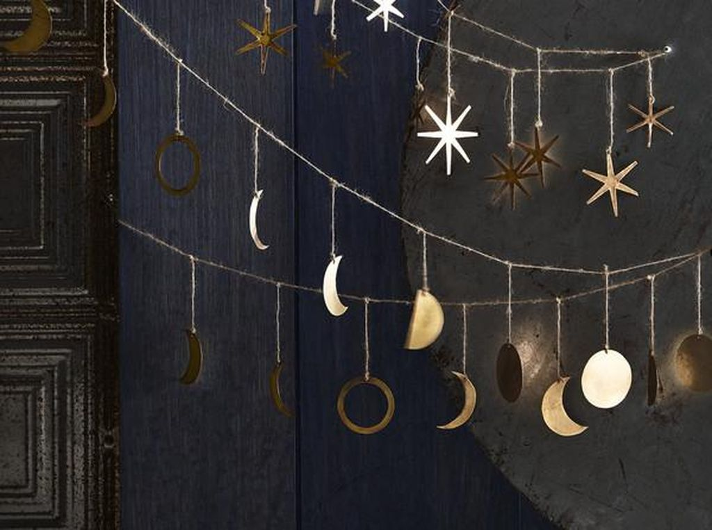 Lovely Moon Decor Ideas For Beautiful Home Decoration 09