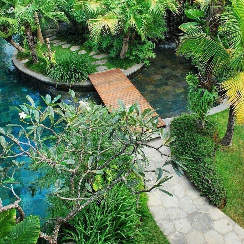 Lovely Tropical Garden Design Ideas 07