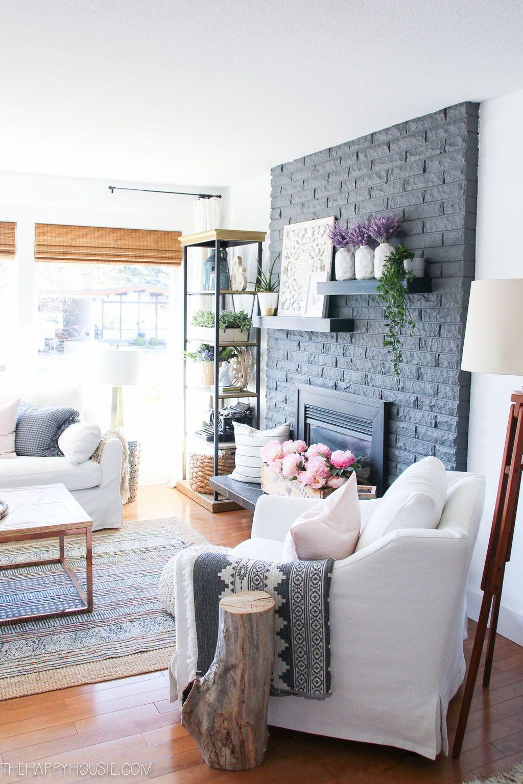 Nice Boho Farmhouse Design Ideas For Your Living Room Decoration 13