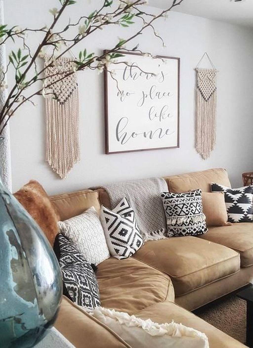 Nice Boho Farmhouse Design Ideas For Your Living Room Decoration 17