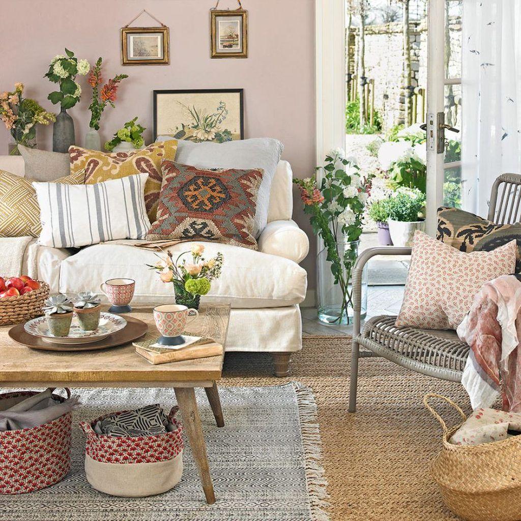 Nice Boho Farmhouse Design Ideas For Your Living Room Decoration 18