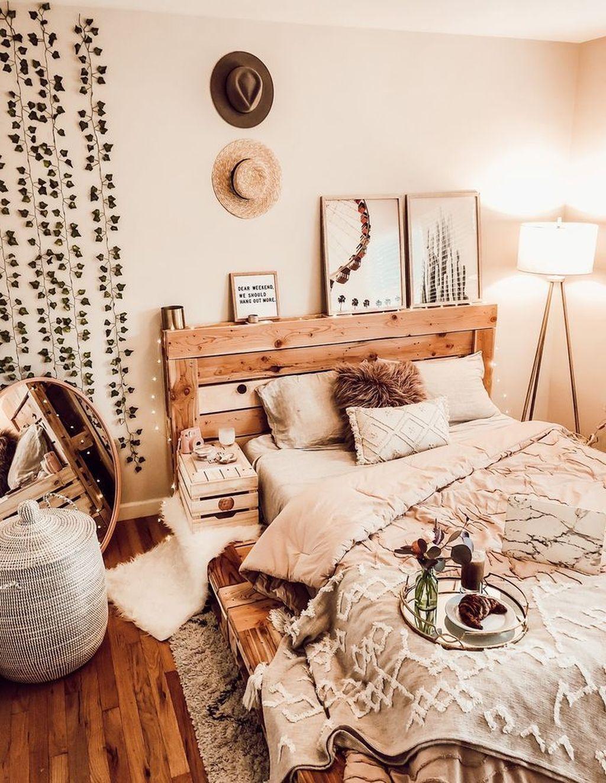 Nice Fall Bedroom Decor Ideas 23