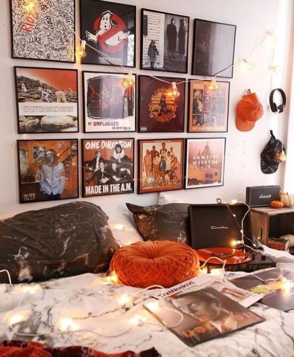 Nice Fall Bedroom Decor Ideas 27