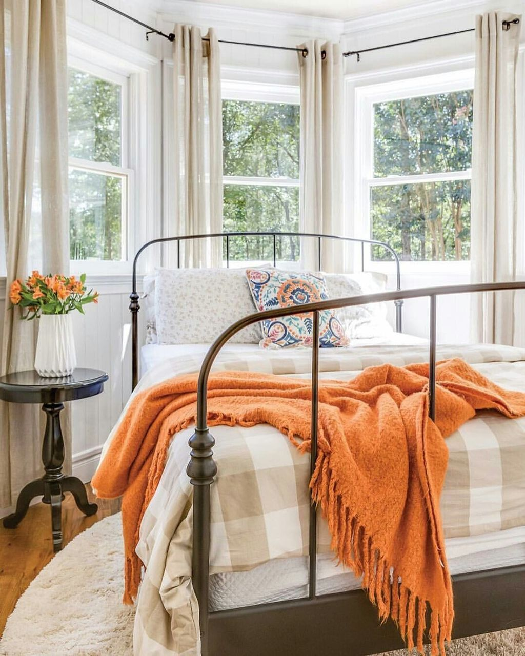 Nice Fall Bedroom Decor Ideas 31