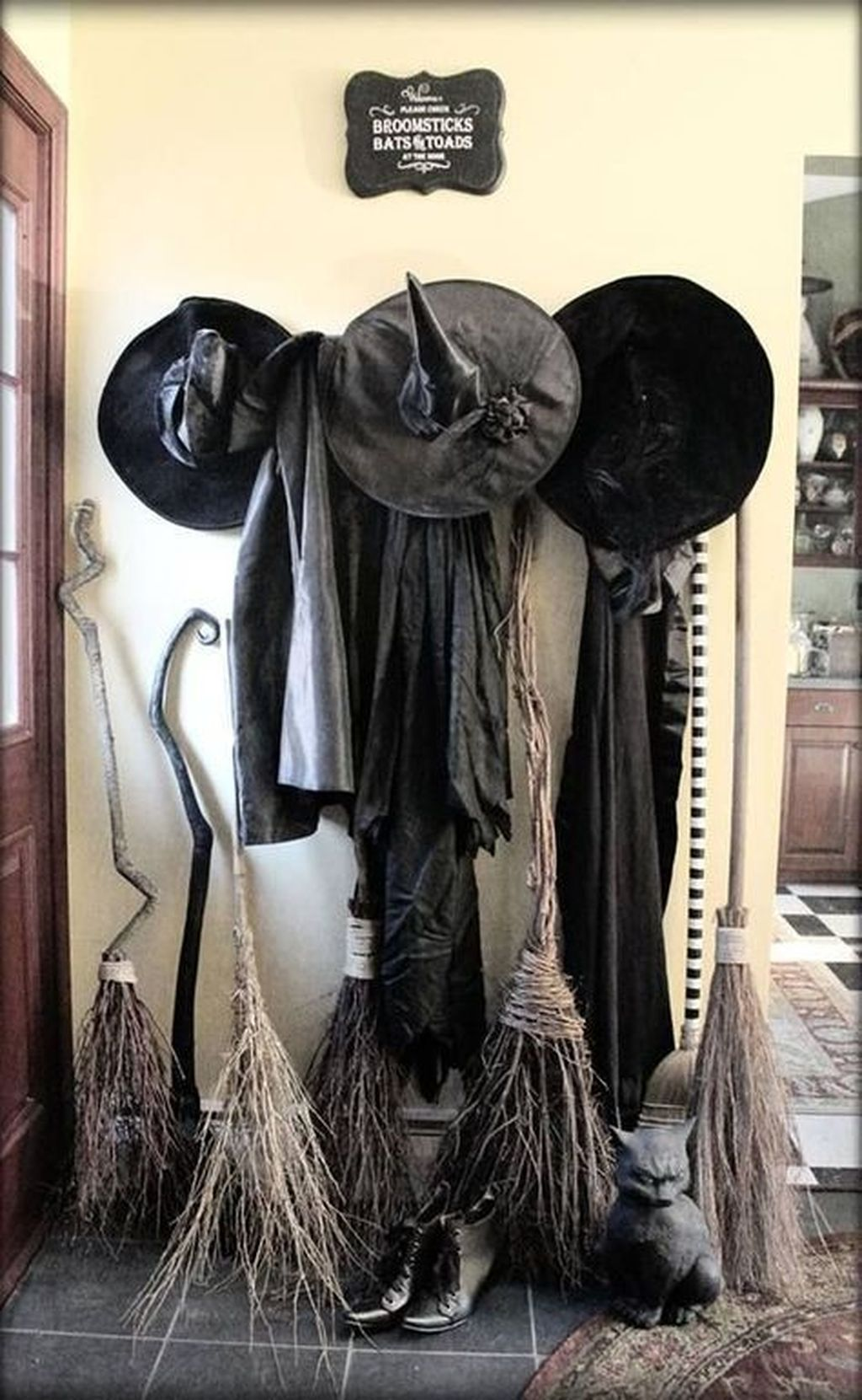 Nice Spooky Halloween Decoration Ideas 02