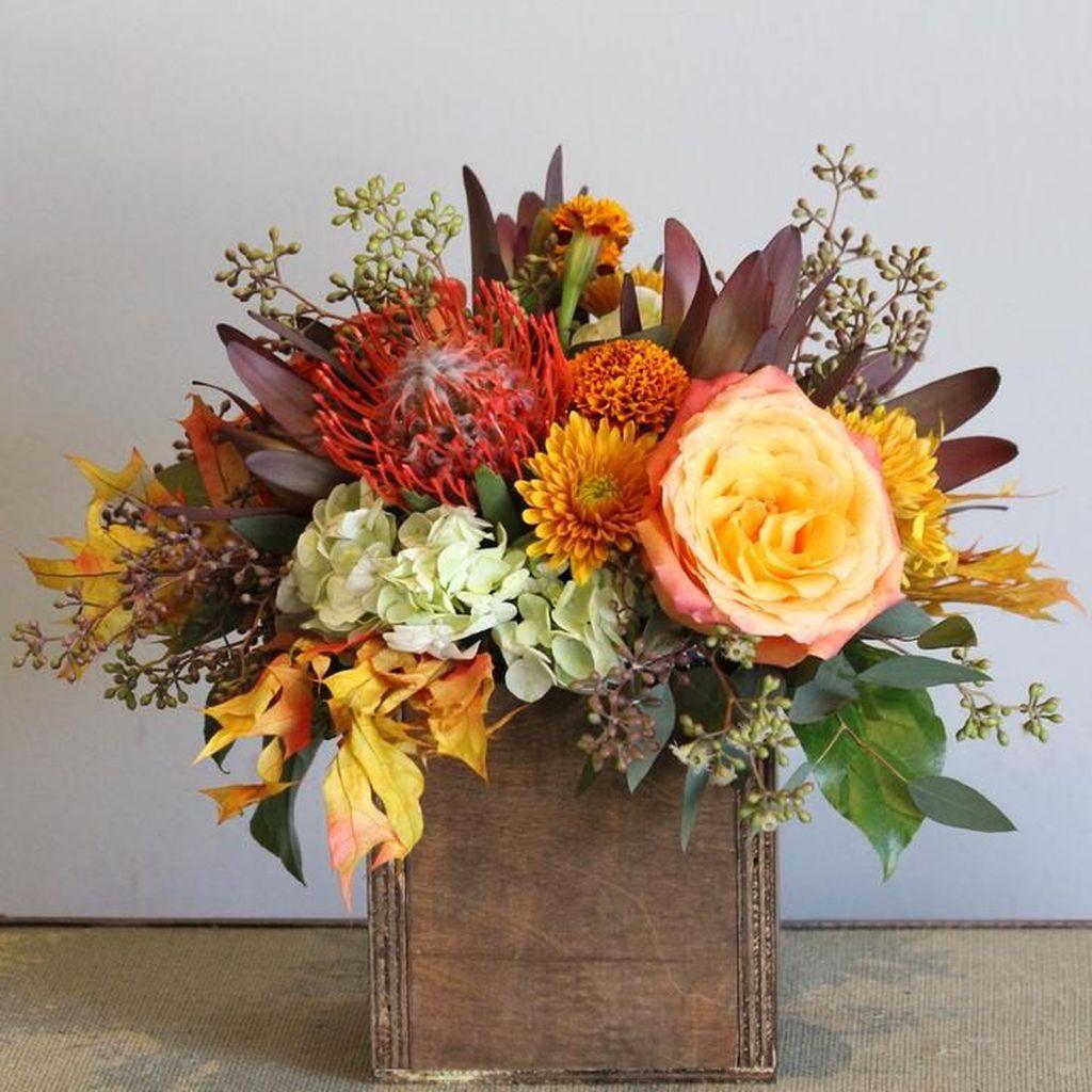 Nice Thanksgiving Flower Arrangements Design Ideas 08