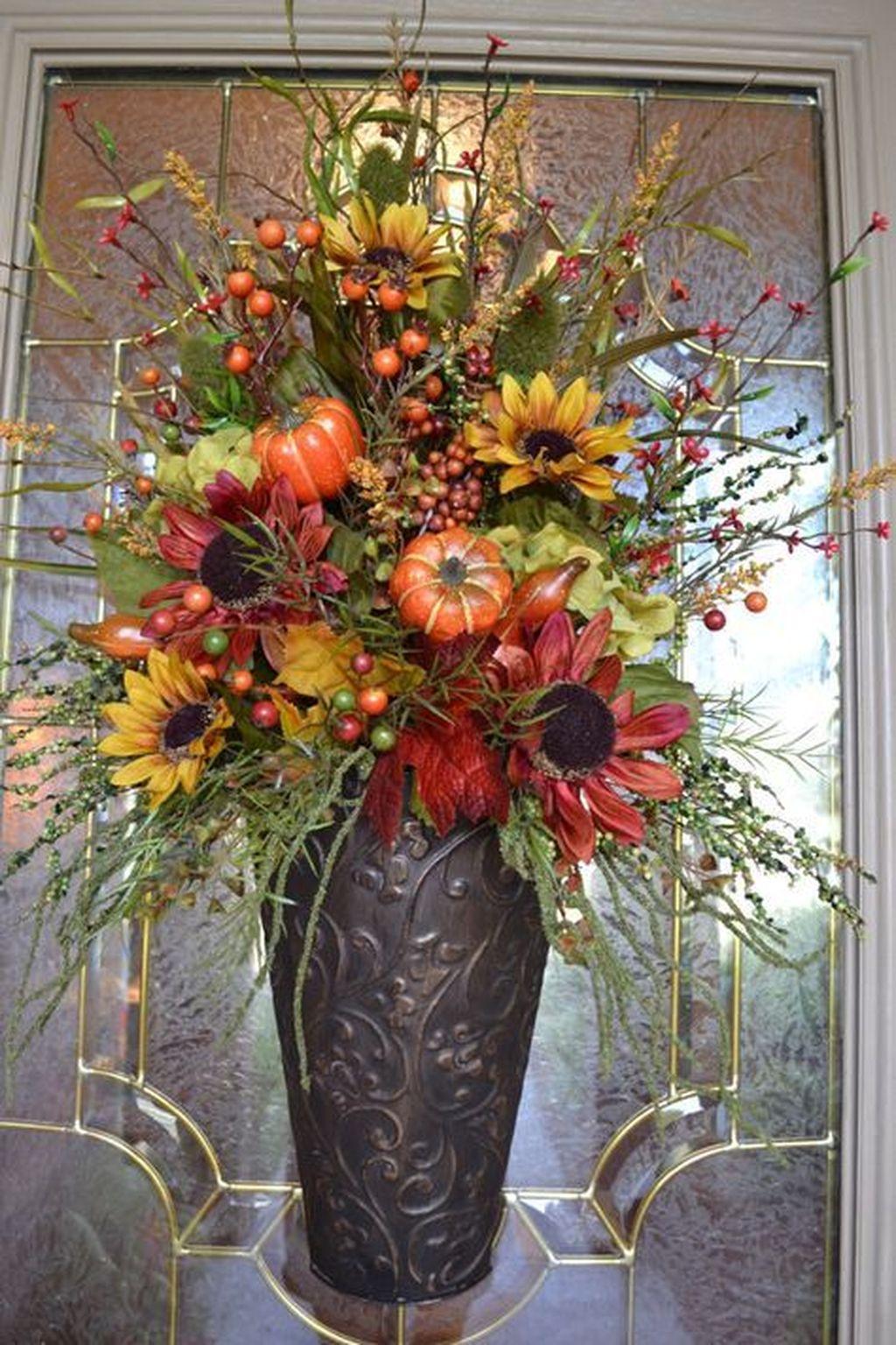 Nice Thanksgiving Flower Arrangements Design Ideas 25
