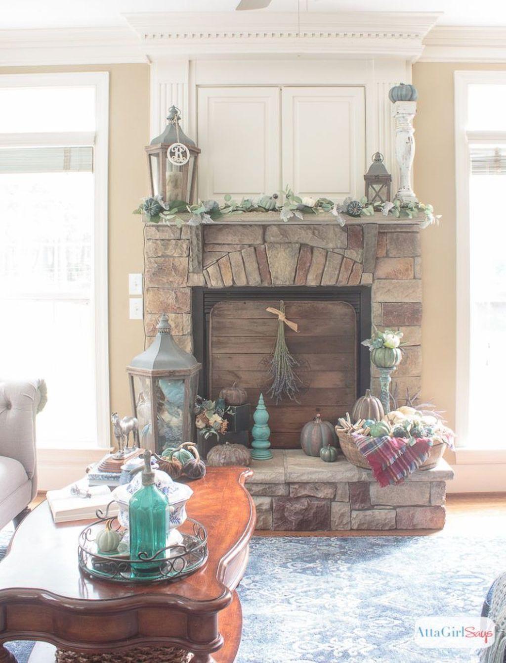 Popular Fall Fireplace Decoration Ideas 04