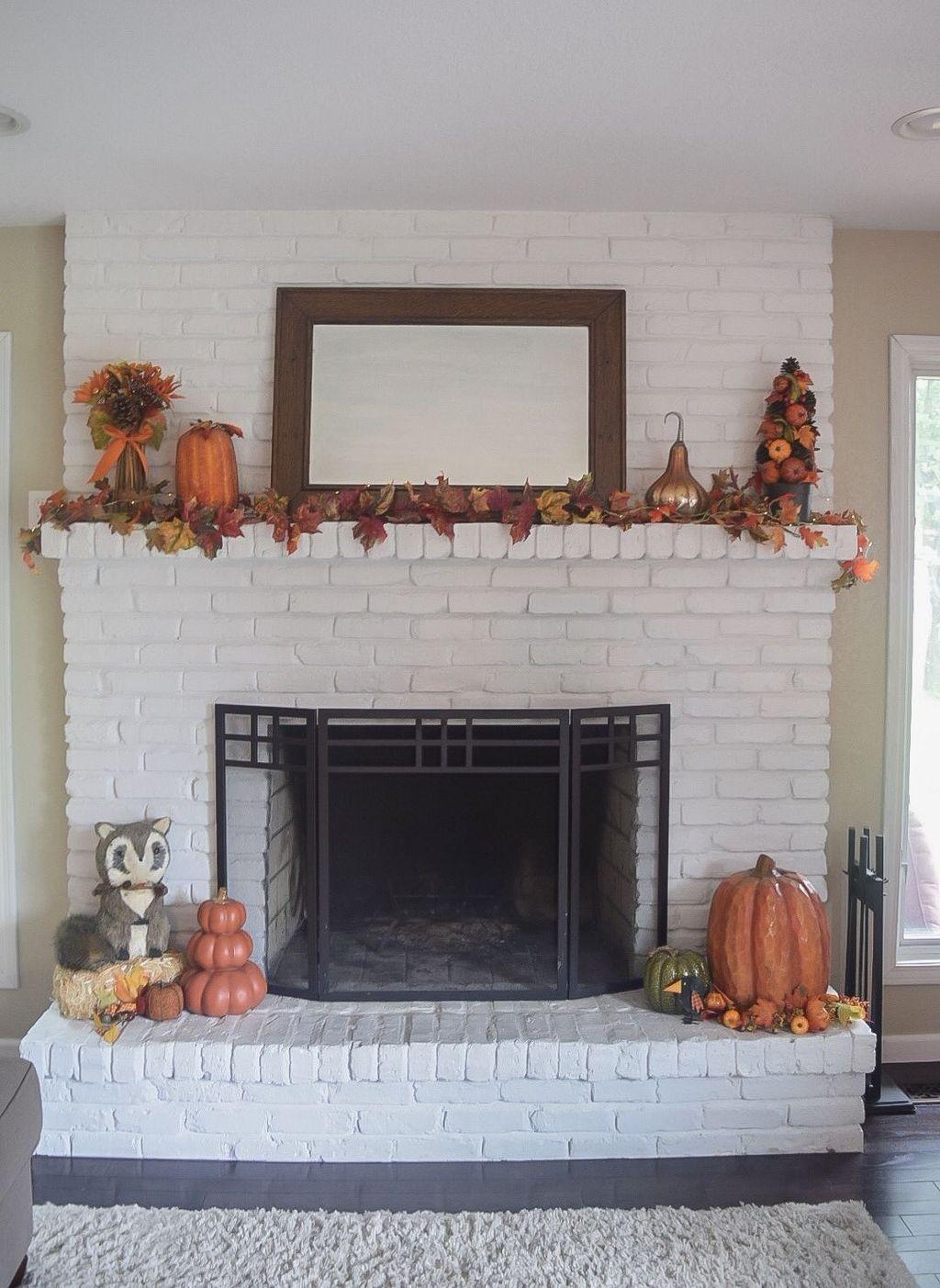 Popular Fall Fireplace Decoration Ideas 09