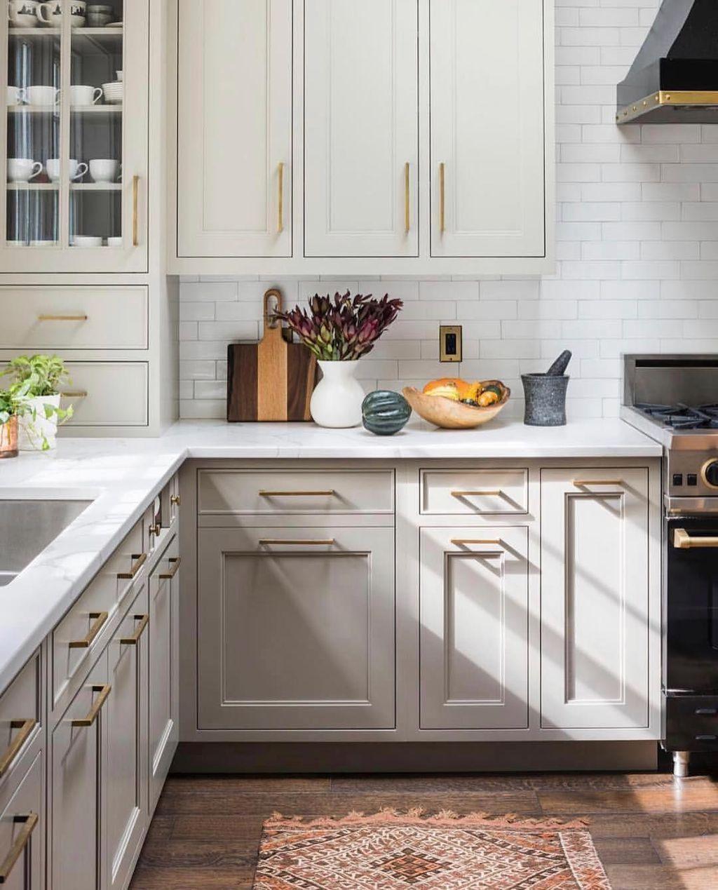 Popular Traditional Kitchen Design Ideas 11