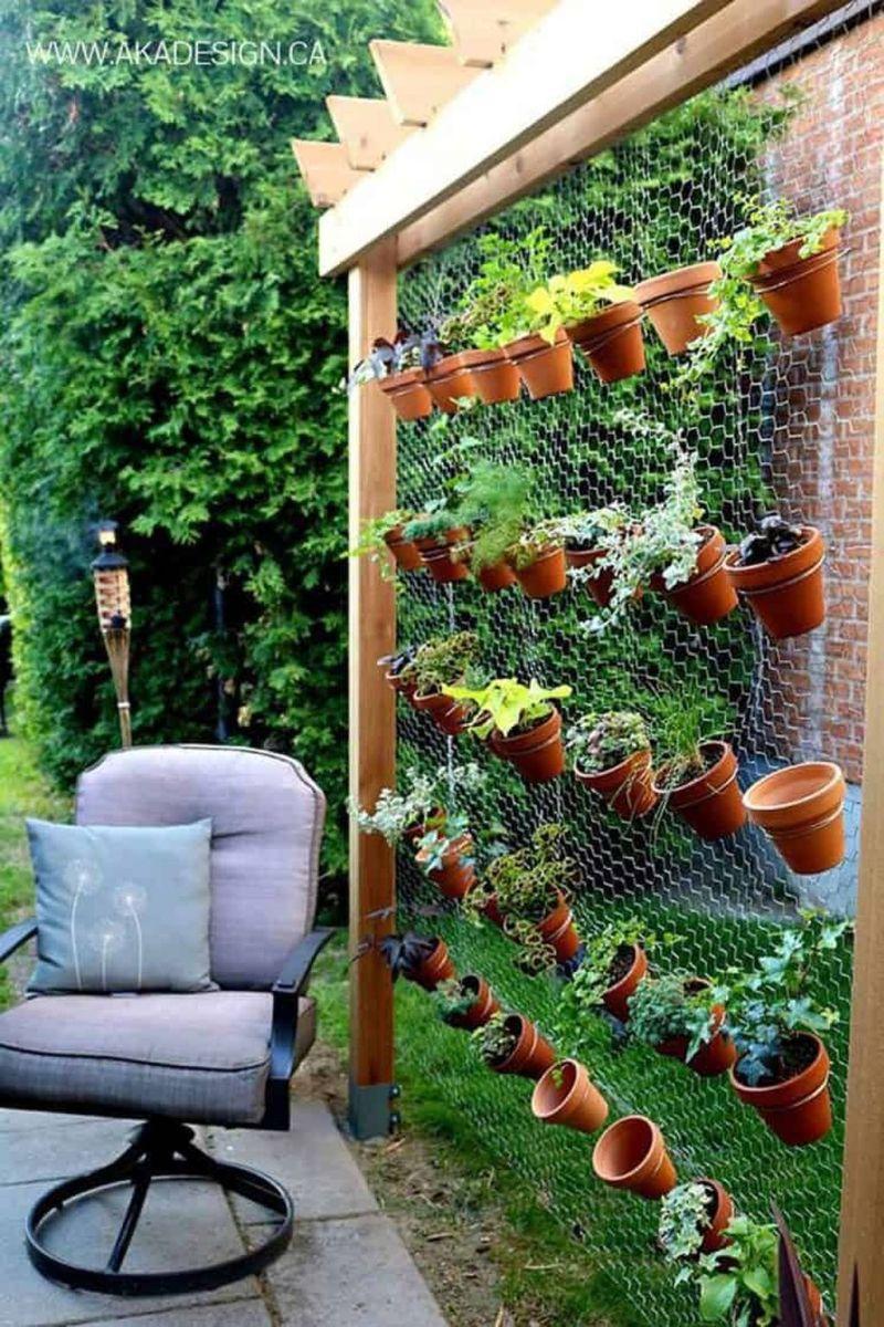 Stunning Apartment Garden Design Ideas 19