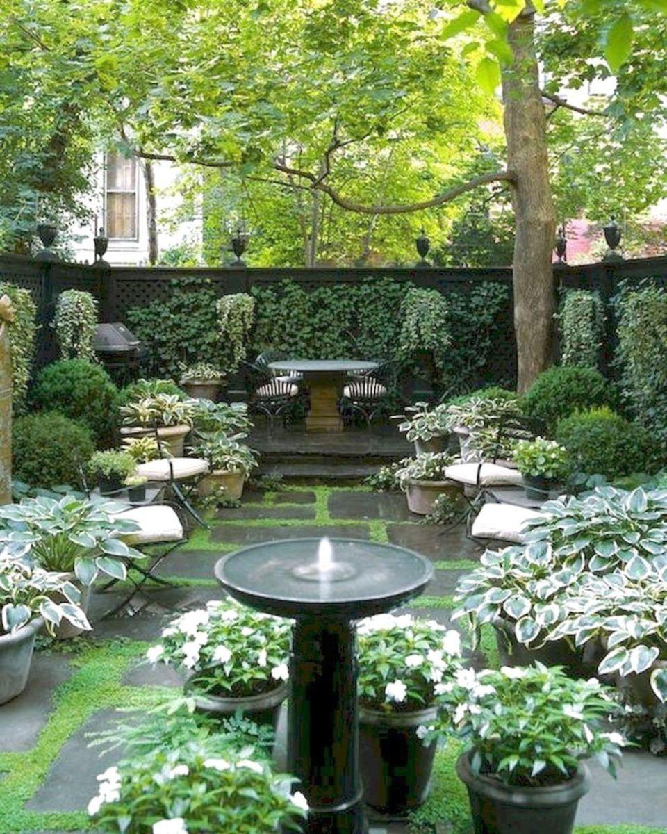 Stunning Apartment Garden Design Ideas 23