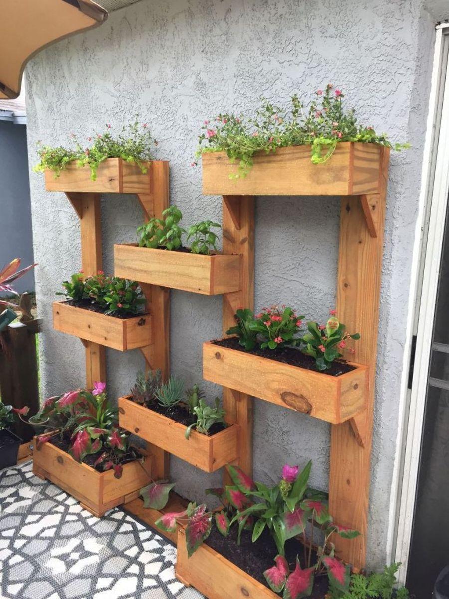 Stunning Apartment Garden Design Ideas 27