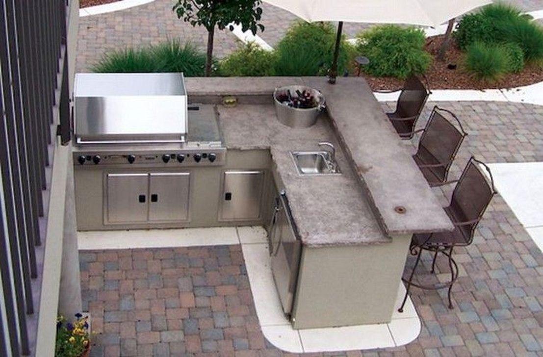 Stunning Outdoor Kitchen Design Ideas For Perfect Summer 33