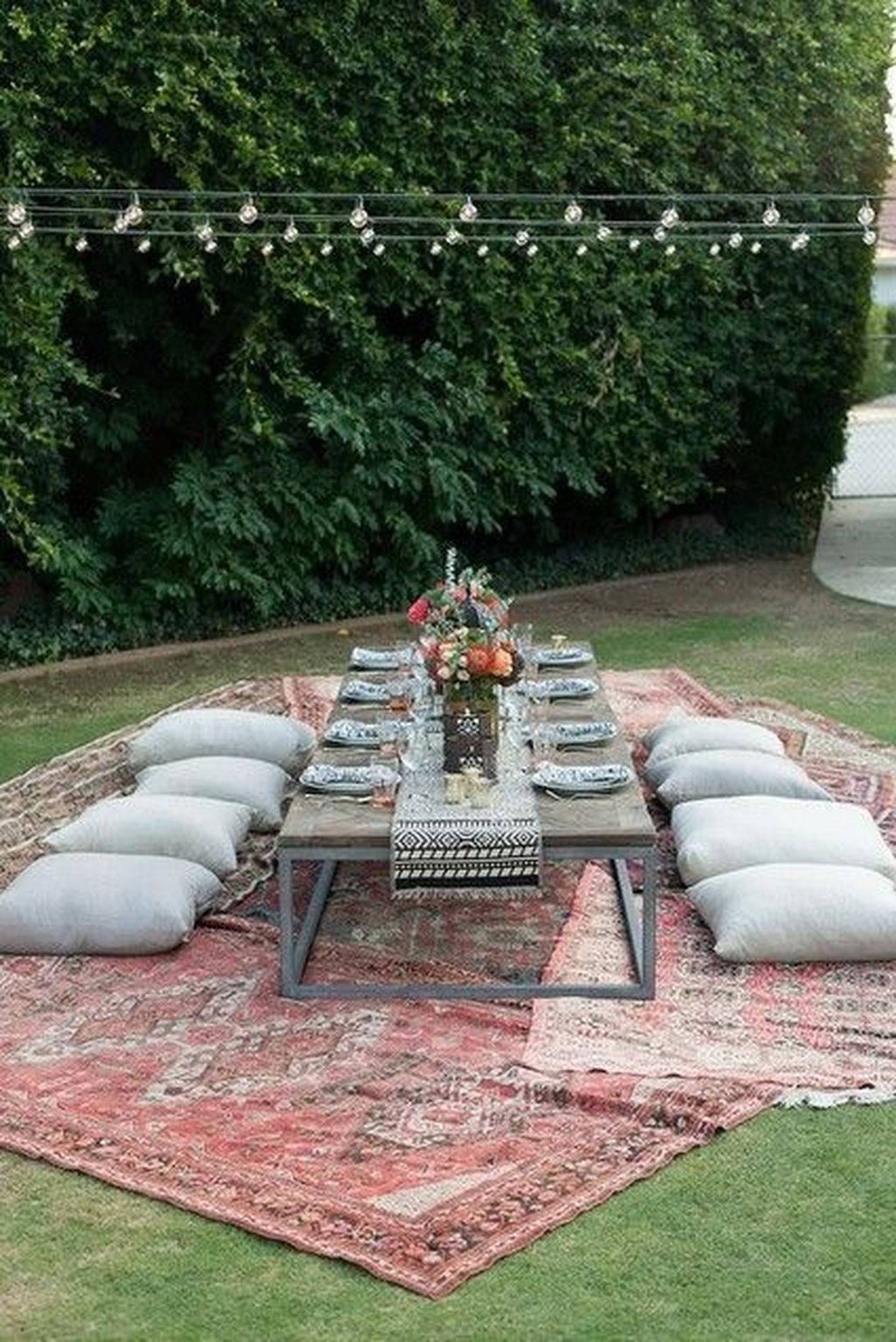 The Best Backyard Summer Party Decorating Ideas 11