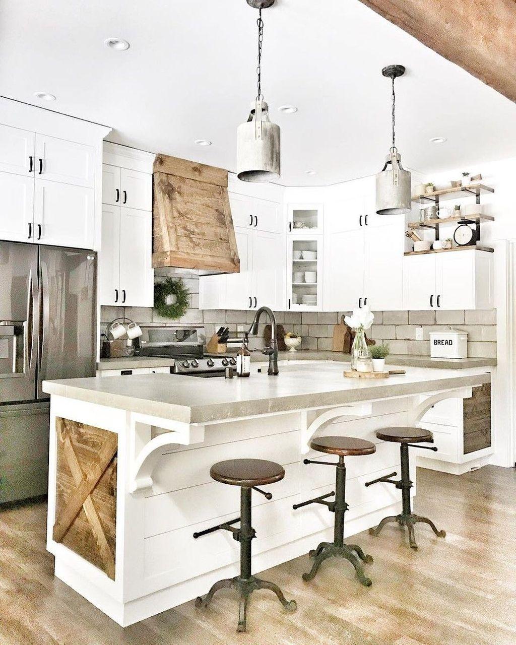 The Best Farmhouse Kitchen Decor Ideas 17