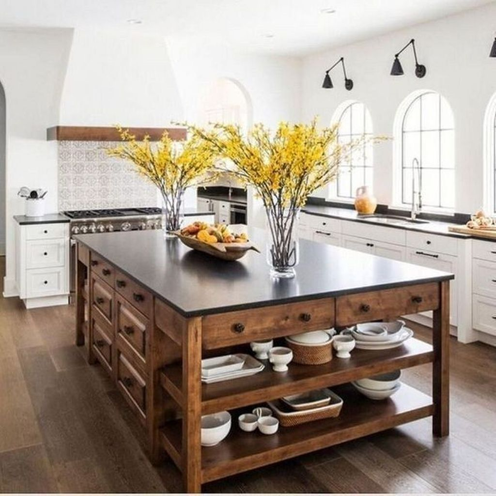 The Best Farmhouse Kitchen Decor Ideas 26