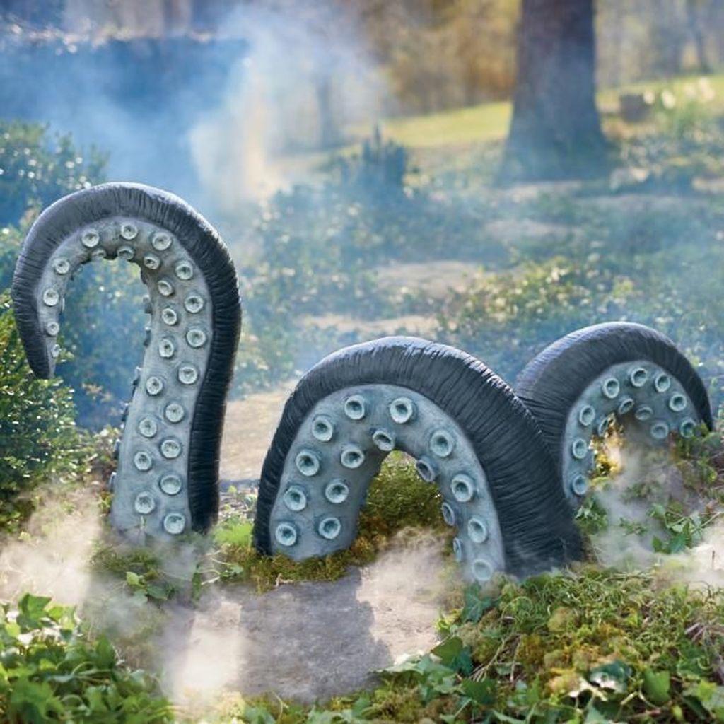 The Best Halloween Garden Decor Ideas 30